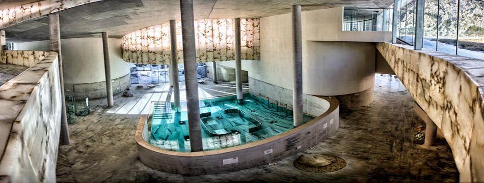 El uso del alabastro en arquitectura. Hotel Panticosa Resort.