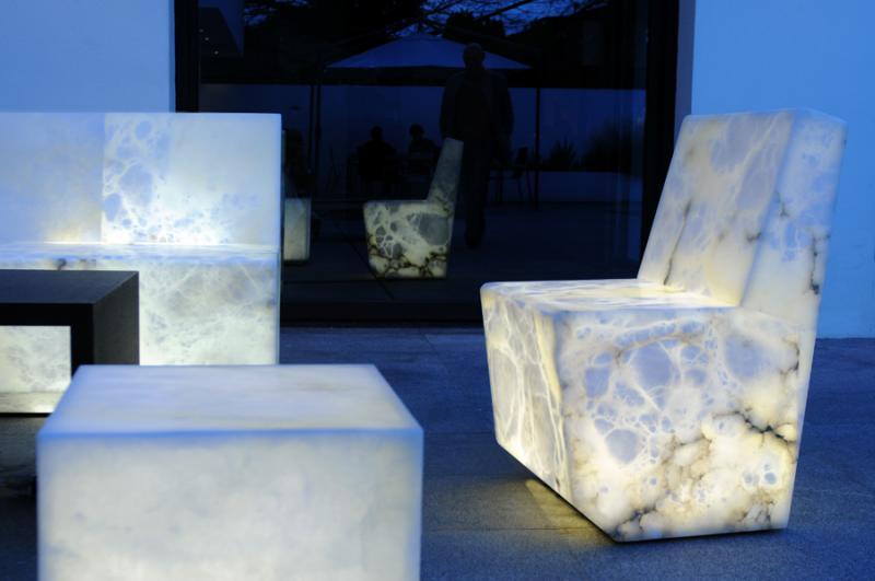 muebles-de-alabastro-sillas-mesa