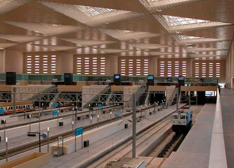 Alabastro de Aragón en la estación del AVE, Zaragoza Delicias.