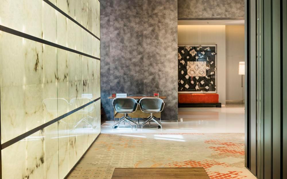 Arastone. Paneles de alabastro en el NH Liberdade hotel.